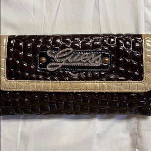GUESS WALLET. Amazing condition